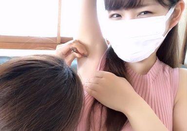美人Youtuberのまいこさん、まさかの企画でワキ毛を抜かれてしまう!
