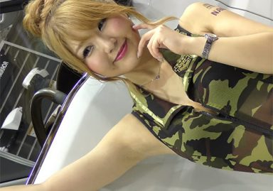 ほとんどずっと腋の下を見せてくれる女神のようなキャンギャル 大阪オートメッセ2020