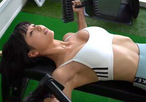 グラドルの栗田恵美の筋トレ中に見えるワキの下がエロすぎる