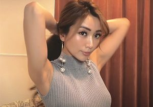 セレブ系女子のセクシーで魅力あふれるワキの下を4K高画質でお楽しみください